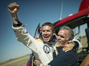 He Did It! Felix Baumgartner Successfully Free-Falls From The Edge Of Space!