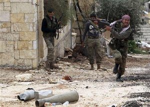 Syria Rebels Kill 28 Soldiers, Video Shows 'Executions'