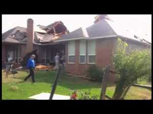 [VIDEO/PICS] Oklahoma Tornado: Kills 51, Including 20 Children
