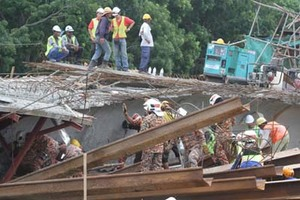 [BREAKING] Penang Second Bridge Collapsed. What Happened?