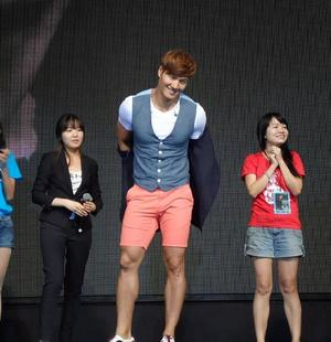 Kim Jong Kook Showcase & Autograph Session #WelcomeToMalaysiaKJK!