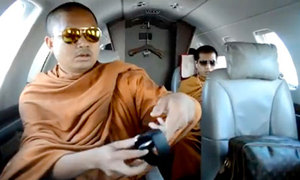 [VID] Thailand Is Not Happy With These Monks On A Private Jet