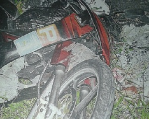 This Drunk Driver Drove 1.5km While Dragging 3 Motorbikes Under His Car