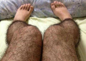 [PHOTOS] Hairy Legs That Keep Perverts (and More) Away
